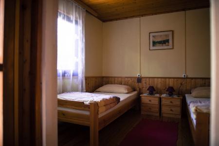 hegyko-hipsagh-vendeghaz-szoba-1